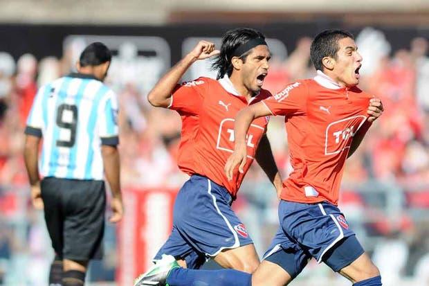 Independiente le ganó a Racing 2 a 0 y salió de zona de descenso.  Foto:FotoBAIRES