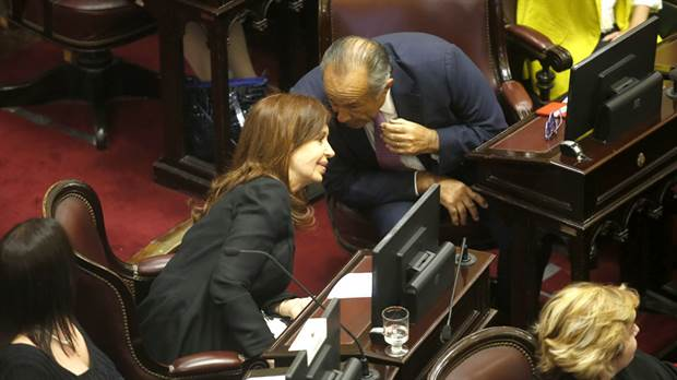 Rodríguez Saá renunció al Interbloque Parlamentario Federal del Senado