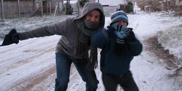 Ezequiel y Mateo Guzmán, desde Balcarce, enviaron imágenes de la nieve