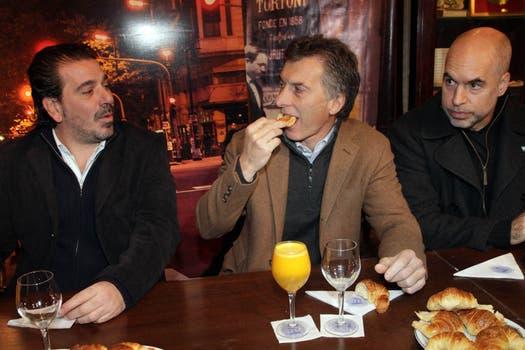 Macri desayunó en el Cafe Tortoni antes de comenzar la jornada. Foto: lanacion.com / Gentileza Prensa Pro