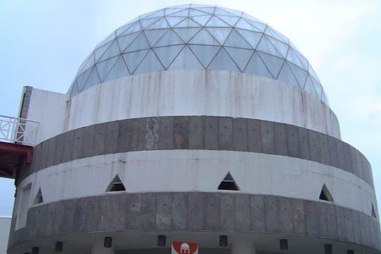El planetario, en el Centro Dragão do Mar de Arte e Cultura. Uno de los lugares que hay que conocer en Fortaleza. Foto: LA NACION / Carlos Sanzol
