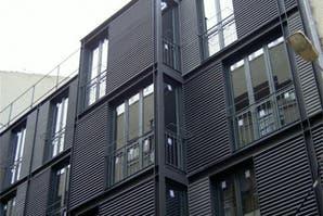Fachadas metálicas: alternativas durables para exteriores