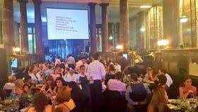 78 personas resultaron intoxicadas en una fiesta de la Universidad Nacional de Rosario