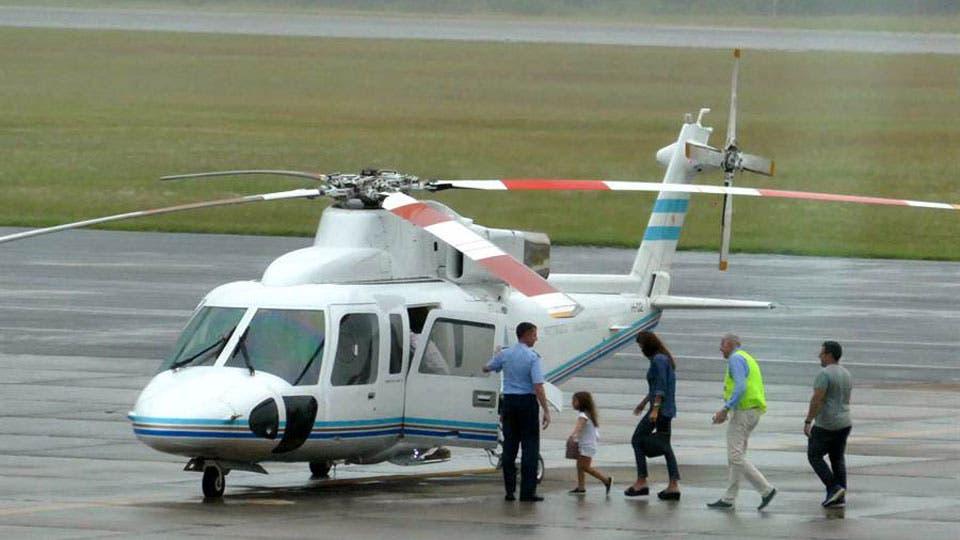 El helicóptero que llevaba a Macri y su familia debió hacer un aterrizaje de emergencia
