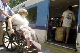 En Acassuso, el pase libre sirve de poco cuando no existe accesibilidad