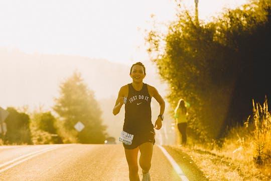 La carrera se corre en equipos de 8 a 12 integrantes que deben completar las 199 milas o 320km desde el Monte Hood hasta las playas de Oregon. Foto: Nick Carnera