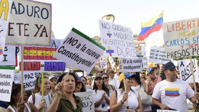 La oposición rechazó el llamado a las urnas para elegir una Asamblea Constituyente y desconoció sus resultados