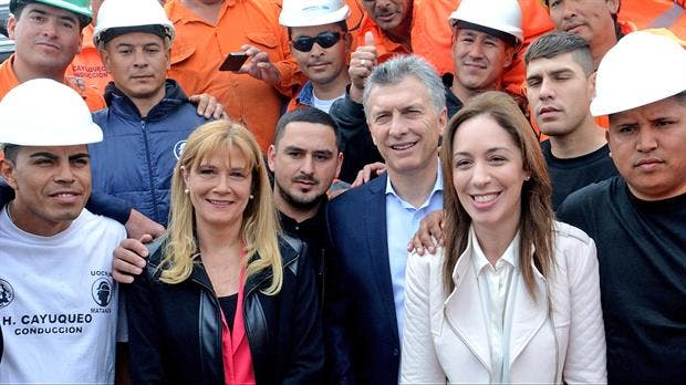 Magario junto a María Eugenia Vidal