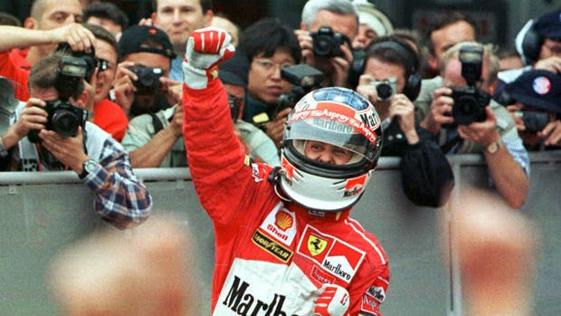 Festeja Schumacher en 1998, la última visita de la F.1