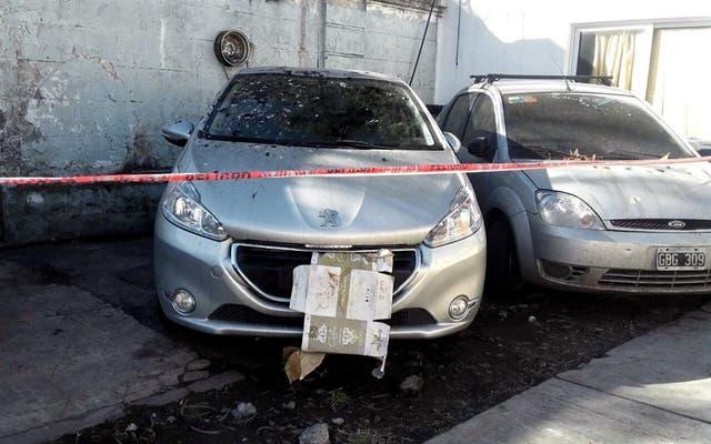 El automóvil donde estaba el cadáver