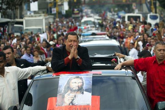 Camino a Cuba para comenzar su tratamiento en febrero de 2012. Foto: Archivo
