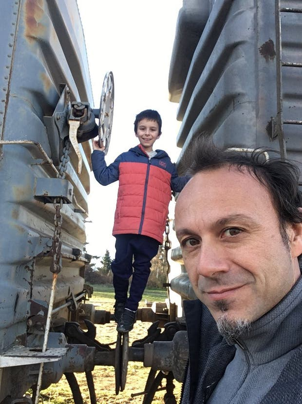 Franco y Pablo, entre rieles