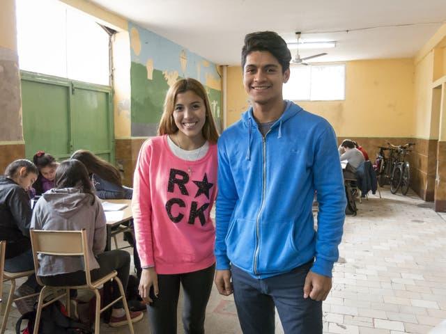 Malena Ayarde y Gustavo González, los primeros universitarios de sus familias