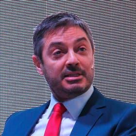 Gastón P. Izquierdo, Catena Zapata