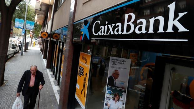 Madrid facilita la salida de empresas de Cataluña
