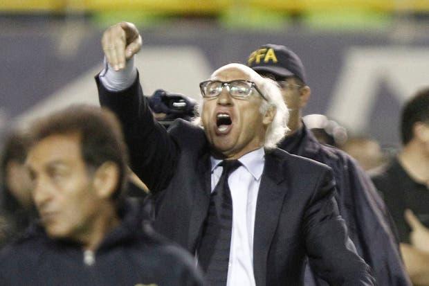 Bianchi criticó el arbitraje de Pitana.  Foto:LA NACION /Fabián Marelli