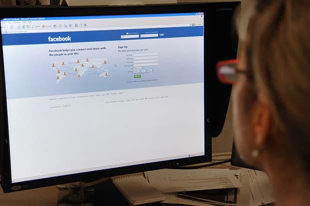 Facebook: Usuarios reportan caída de la red social en distintos países