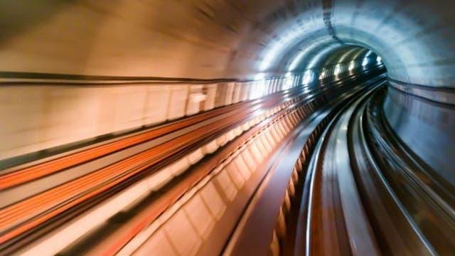 Los trenes comprimían el aire en los túneles y al salir producían un boom sónico