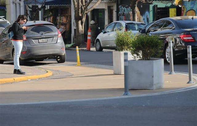 La ampliación de las esquinas busca reducir la velocidad, pero recibe críticas