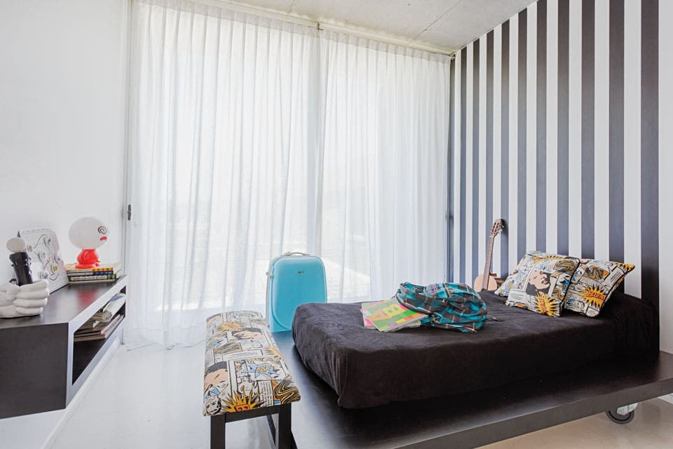 Qu ten s que saber para elegir las cortinas de tu casa for Cortinas de living