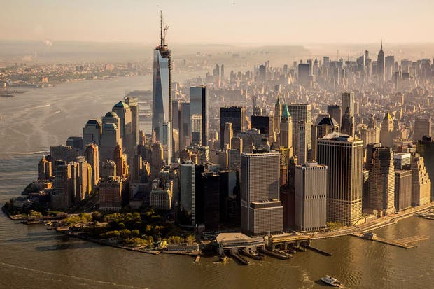 El One World Trade Center se destaca en el paisaje neoyorquino