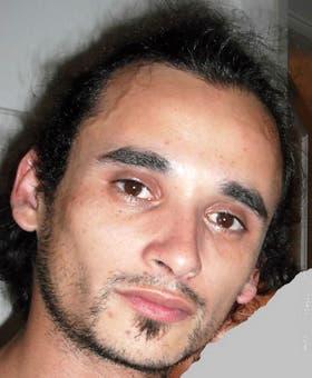 Adrián del Campo está desaparecido hace dos semanas