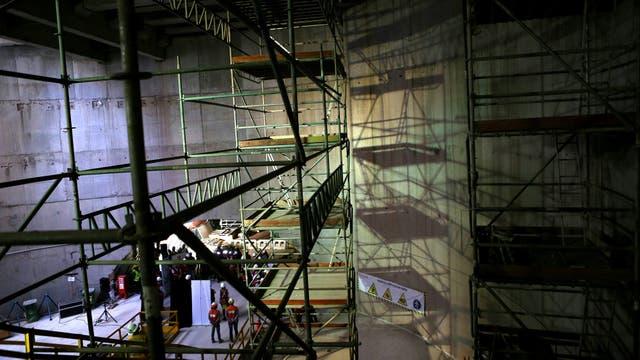 Un vista general de una estación de subte en construcción.