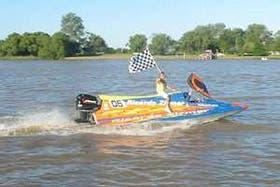 Después de tantas exigencias, el bote ganador salió a festejar su primer puesto