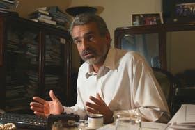 El diputado oficialista Agustín Rossi, cargó hoy muy duro contra Elisa Carrió