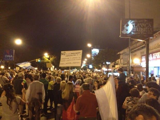Marcha frente a la quinta presidencial de Olivos