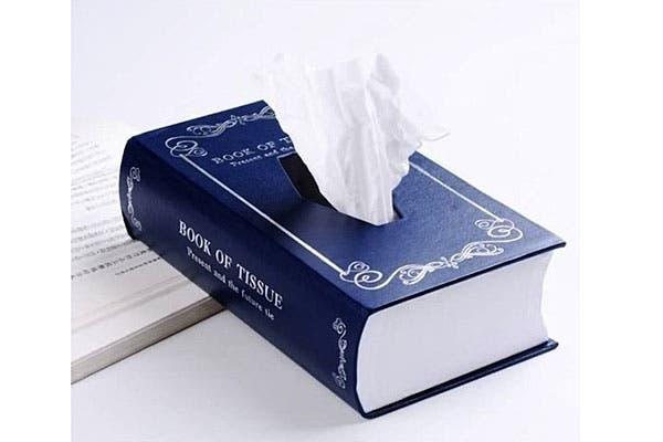 Con estas bajas temperaturas, siempre es necesario tener los pañuelos de papel cerca. ¿Te gusta este contenedor tipo libro?. Foto: Thegadgetflow.com