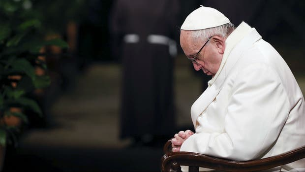 El papa invita a rezar por Brasil