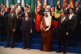 Saludos, sonrisas y el gesto peronista de Kicillof en la Cumbre del G-20, ayer, en Brisbane