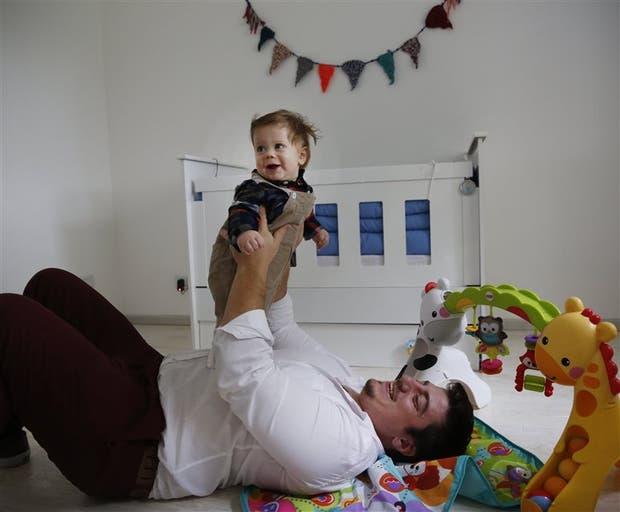Fausto Della Vecchia, junto a su hijo Antonio