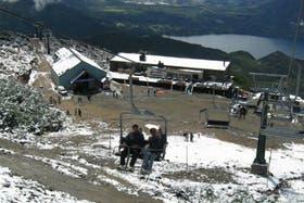 Nevó en Bariloche y en Villa La Angostura