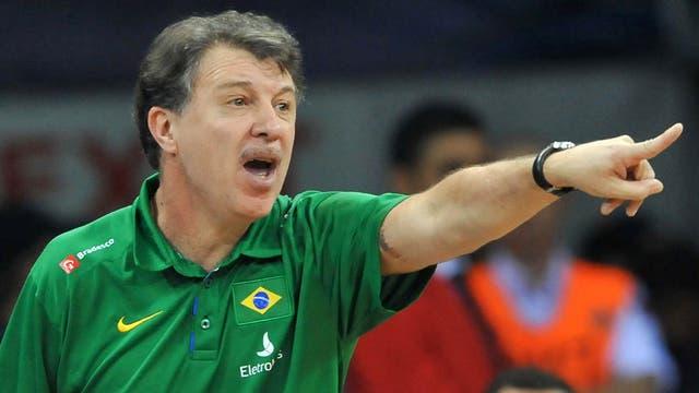 Magnano asumió un enorme desafío: ser el seleccionador de Brasil