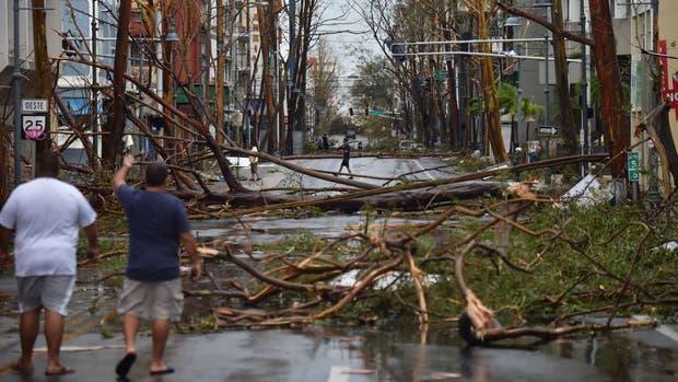 """El huracán """"María"""" deja al menos un muerto en su paso por Puerto Rico"""