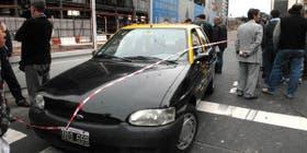 El policía retirado se trasladaba en un taxi por el centro porteño