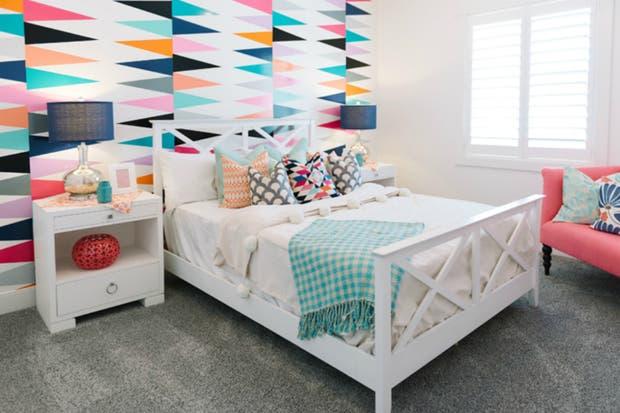 Geometría y color para un cuarto fresco y alegre.  /Houseofturquoise.com