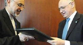 El canciller Timerman con su homólogo de Irán.