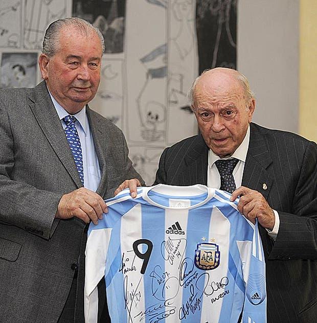 El 13 de noviembre de 2009 en un homenaje a Alfredo di Stefano.  Foto:Archivo