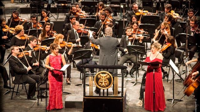 Las solistas y los cuerpos estables del Argentino ofrecieron una lectura memorable