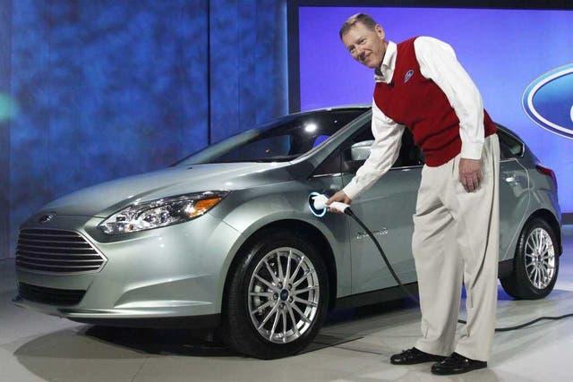 Alan Mulally, CEO de Ford, durante la presentación del Focus eléctrico en la feria CES de Las Vegas en 2011