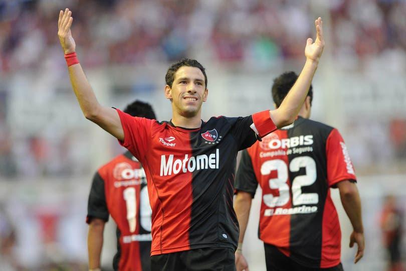 Maxi Rodríguez festeja en el Nuevo Gasómetro