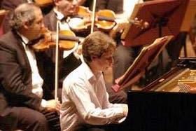 El pianista, ovacionado por un público entusiasta