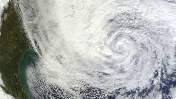 Cómo se forman los huracanes y qué determina su intensidad