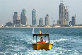 Las Torres Marina, frente a las aguas del Golfo