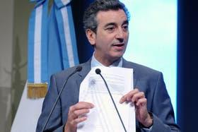 """El ministerio del Interior y Transporte, que conduce Florencio Randazzo, dijo que la medida apunta a """"mejorar la calidad de los servicios"""""""