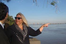 """Elisa Carrió, de campaña en la provincia de Corrientes, criticó los impuestos """"injustos"""""""