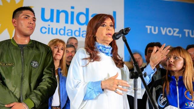 Cristina Kirchner quedaba por detrás de Esteban Bullrich